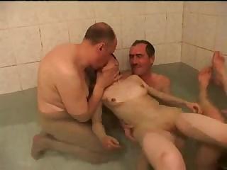 Порно онлай зрла жнка трахнула молодого пацана